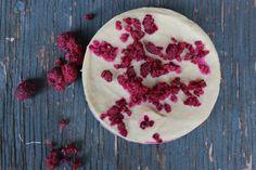 Raw Vegan Cheesecake from Radiant & Strong. #rawvegan #paleo #rawcheesecake
