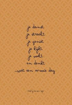 Is mindfulness iets voor jou? The Words, Cool Words, Laura Lee, Happy Quotes, Best Quotes, Positiv Quotes, Words Quotes, Sayings, Qoutes