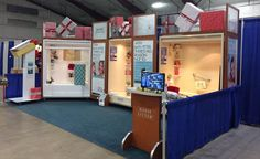 Bath Fitter Vancouver booth display at West Coast Christmas Show 2016.