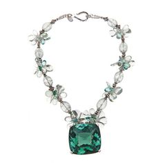 325 Carat Green Amethyst Pendant Necklace (11.230 BRL) ❤ liked on Polyvore featuring jewelry, necklaces, accessories, pendants & necklaces, green amethyst jewelry, green amethyst pendant necklace, butterfly pendant and green amethyst necklace