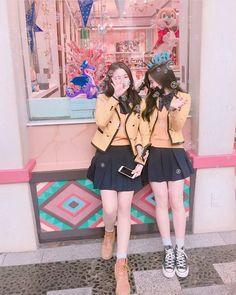 Picture Of Ullzang(Eul Jjang) Mode Ulzzang, Ulzzang Korean Girl, Cute Korean Girl, Ulzzang Couple, Asian Girl, Korean Best Friends, Girls Best Friend, Ulzzang Fashion, Korean Fashion