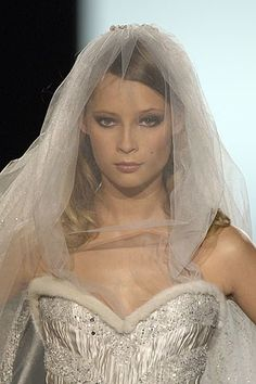 Elie Saab Fall 2005 Couture Collection Photos - Vogue