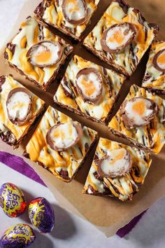 Super easy, no bake, utterly delicious Creme Egg Rocky Road recipe. Great for bake sales and making with kids, the best Easter chocolate treat! This no fail chocolate dessert recipe is a must make for Easter. Easy Chocolate Desserts, Chocolate Treats, Chocolate Recipes, Easy Desserts, Dessert Recipes, Easter Chocolate, Fudge Recipes, Cake Recipes, Cadbury Creme Egg Recipes