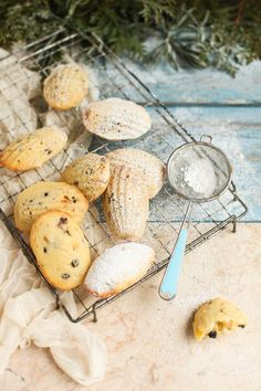 I love a good dessert mash-up. Take these Christmas stollen madeleines, for example — brimming with currants, slivered almonds, and candied orange peel, these buttery little cakes are utterly perfect. Christmas Treats, Holiday Treats, Christmas Cookies, Christmas Recipes, Christmas Foods, Christmas Drinks, Christmas Desserts, Christmas Decor, Xmas