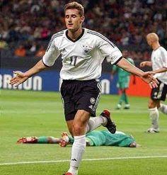 KLOSE, Miroslav   Germany   5 goals   Germany 2006