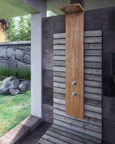 Wooden Outdoor Rectangular Shower