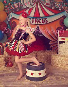 Dr Seuss-Mini top hat-mini top hat fascinator-baby headbands-Dr Seuss Mini Top Hat-tea party-mad hatter-circus top hat-aqua and red top hat
