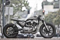 Sportster Cafe Racer, Custom Sportster, Bobber Motorcycle, Bobber Chopper, Custom Harleys, Custom Motorcycles, Motorcycle Garage, Harley Davidson Sportster, Sportbike Gear
