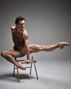 Sergei Polunin by Mario Sorrenti for Vogue Hommes Male Ballet Dancers, Ballet Boys, Shall We Dance, Just Dance, Sergei Polunin Dancer, Foto Picture, Ballet Russe, Mario Sorrenti, Poses References