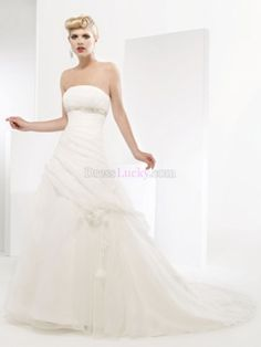 A-Line/Princess Strapless Hall Organza Wedding Dresses With Beading Chapel Train WD38D