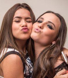 Larissa Manoela organizou uma festa nesta terça- feira, (15) uma pré-festa com os 30 debutantes de sua festa de 15 anos. Organização: RT De...
