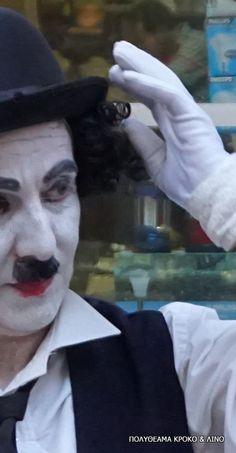 Charlie Chaplin Charlie Chaplin, The Magicians, Statue, Street, Face, Fictional Characters, Roads, Faces, Sculpture