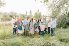 Extended Family Photography- What To Wear For Extended Family Photos- Studio Photography- Utah Extended Family Photographer- What to Wear for Summer Extended Family Pictures- Extended Family Poses Group Shots- Extended Family Pictures Posing Ideas- Mona Utah- Burraston Pond Large Family Portraits, Family Photography Outfits, Extended Family Photography, Family Portrait Outfits, Large Family Photos, Beach Family Photos, Photography Ideas, Group Family Pictures, Outdoor Family Pictures