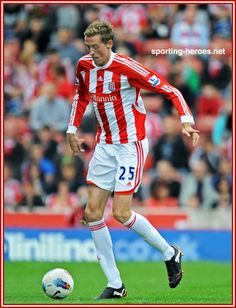 Peter Crouch Peter Crouch, Stoke City Fc, Premier League, Athletes, Legends, Soccer, Football, Baseball Cards, Games