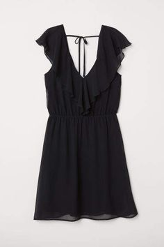 Sleeveless, V-neck dress in airy chiffon with a flounce at top. Open back with ties at back of neck. Elasticized seam at waist. White Lace Jumpsuit, Dress Black, Casual Frocks, Sun Dress Casual, Elegant Dresses, Formal Dresses, Fashion 101, V Neck Dress, Black Women
