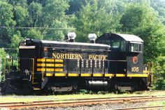 NP 105 Rail Train, Burlington Northern, Train Pictures, Diesel Locomotive, Minnesota, Transportation, Electric, Track, Action