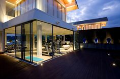 Elevate your home fitness center to the next level with our luxury custom home design ideas. http://blog.castlepointehomes.com/?p=797