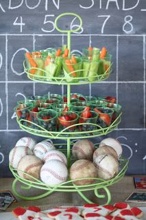 Cupcakes Kisses 'n' Crumbs: Baseball Party!