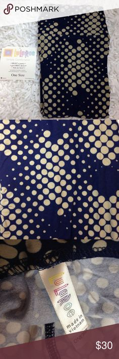 Navy & tan simple circle print, easy with any top NWT one Size print with Navy blue and tan polka dots on entire leggings. Cute print very easy and professional. LuLaRoe Pants Leggings