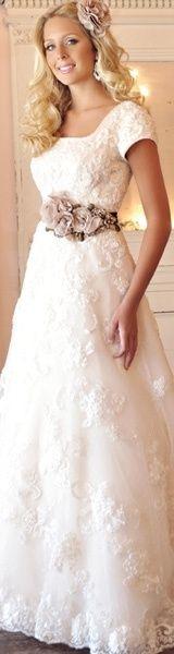 modest wedding dresses for us LDS girls ;)