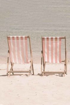 Pretty in Pink Beach Chairs. Save us a seat! Pink Beach, Pink Summer, Beach Bum, Summer Of Love, Summer Vibes, Summer Beach, Summer Sun, Summer Days, Beach Relax