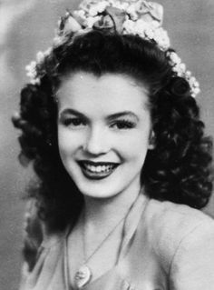 Norma Jeane Mortenson Then Changed To Norma Jeane Baker aka Marilyn Monroe in 1944.