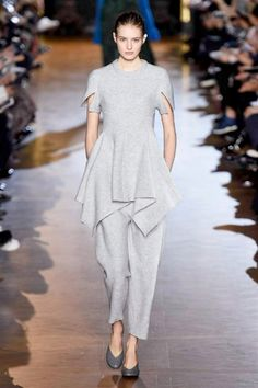 Sfilata Stella McCartney - Autunno-Inverno 2015-2016 - Parigi - Moda - Elle