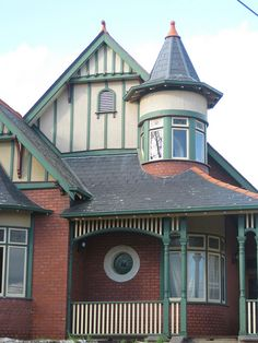 A Queen Anne Style Mansion - Moonee Ponds by raaen99, via Flickr