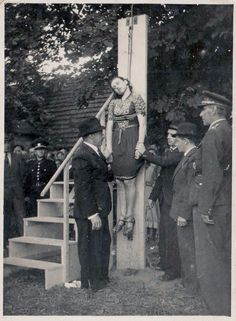 Barbaric Public Execution of a Nazi Collaborator - Brokerages & Day Trading Blog Articles