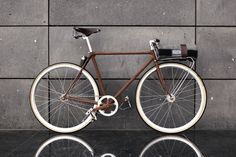 .FeO2 BIKE//GNARLY.  Winner of the Partisan Vodka Bike Battle 2011 - great juxtaposition of material/surface.