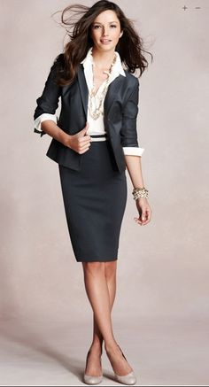 Youthful professional attire perfect for the new graduate. This is exactly what I need for my interviews for school.