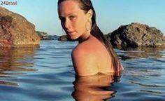 Mariana Ximenes esbanja sensualidade em Formentera, na Espanha