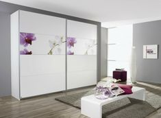 Wardrobe sliding doors white front page bedroom Bank Bedroom Closet Doors, Wardrobe Design Bedroom, Wardrobe Furniture, Bedroom Cupboards, Sliding Wardrobe Designs, Sliding Wardrobe Doors, White Rooms, White Bedroom, Trendy Bedroom