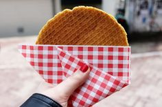 There are many Dutch delights which must be tried at least once. Here's a list of 10 Dutch foods you should be sure to sample!
