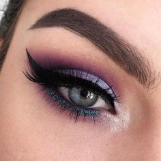 Purple Eyeshadow Looks, Purple Makeup Looks, Purple Eye Makeup, Glitter Eye Makeup, Makeup For Brown Eyes, Smokey Eye Makeup, Purple Smokey Eye, Asian Smokey Eye, Too Faced