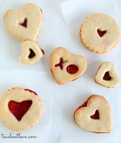 teach. eat. love.: Vanilla Bean Cookies with Raspberry Filling