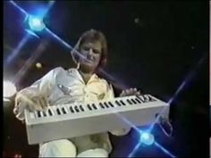Gary Wright - Love Is Alive (Midnight Special, 1976) (+playlist)