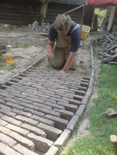 by laying the bricks in this way you can easily widen the path nearing the corner of the garden...