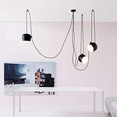 3-Light / Black