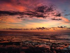 Sunsets in Bali    #travel #travellife #travelling #travelblogger #travelblogger #landscapephotography #sunset #bali #indonesia #beach #beautyeverywhere #freebirdflow #freebirdflowtravel #movedbylife #nofilter