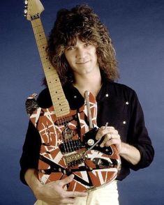 Eddie Van Halen, Alex Van Halen, Rock N Roll Music, Rock And Roll, Heavy Metal, David Lee Roth, Valerie Bertinelli, Best Guitarist, Instruments
