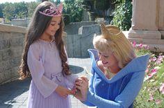 Disneyland Park, Fantasyland - Character Meet 'N' Greet, Disneyland Paris BLUE DRESS
