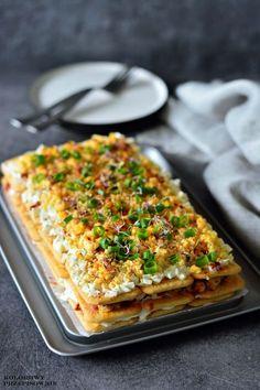 Sałatka nakrakersach zkurczakiem imozzarellą Snack Recipes, Cooking Recipes, Healthy Recipes, Snacks, Delicious Recipes, Cake Sandwich, Slow Food, Appetisers, Polish Recipes