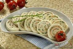 Receita de Rocambole de salmão com cream cheese em receitas de salgados, veja essa e outras receitas aqui!
