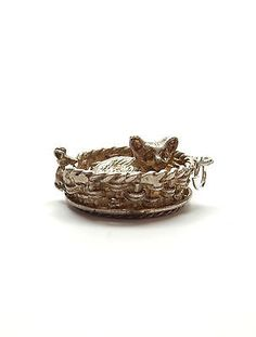Rare Vintage 925 Silver SPINNING CAT IN WICKER BASKET WITH MOUSE Charm 6.3g