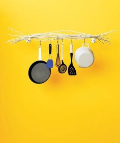 Nice Rack (for the Kitchen).its steel, could use towel bar, think ikea and s hooks for dish towel or command on inside of sink cabinet, or toilet paper holder under cab, it rolls and has length of drop to avoid barked knuckles Kitchen Rack, Kitchen Dinning, Diy Home Decor Projects, Easy Home Decor, Pan Hanger, White Branches, Home Decor Inspiration, Kitchen Inspiration, Kitchen Ideas