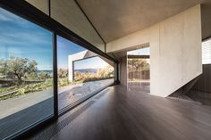 This modern concrete house is located in Sikamino, Greece, and was designed by the architectural studio Network Architecture tense. The residence was considered Contemporary Architecture, Architecture Details, Interior Architecture, Interior And Exterior, Network Architecture, Greece Architecture, Interior Ideas, Ultra Modern Homes, Aesthetic Space