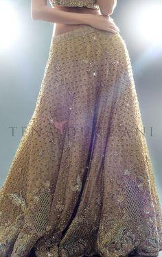 teena+durrani+bridal+dress+3