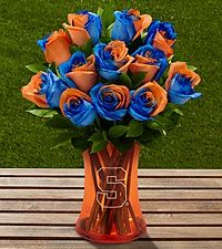 FTD presents the University of Florida Gators Rose Bouquet and gifts. Show school pride with this rose bouquet, available with an etched keepsake vase. Orange Rose Bouquet, Orange Roses, Blue Roses, Auburn University, University Of Florida, Syracuse University, Send Flowers, All Flowers, Flowers Online
