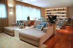 Tijolos e madeira criam atmosfera rústica em apartamento (Foto: Mário Bock / divulgação)